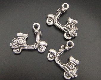 8 - Scooter Charms, Antique Silver 18 x 14 mm, Double sided 3D Charm,  ts422