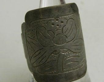 Vintage Tibetan silver opera ring