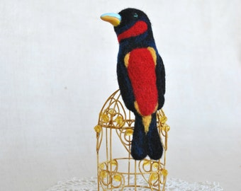 Needle felted brooch Black and Red Broadbill Bird fashion jewelry felt brooch jewelry gifts