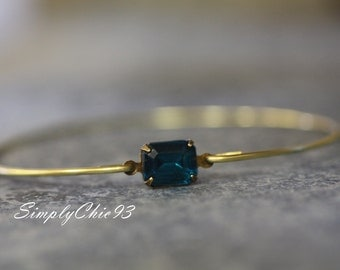 Emerald Bracelet- Gold Bangle, Gold Bracelet, Wire Bangle,Emerald Green Stone, Bridal bracelet, Stackable Bangles,Open Flower.