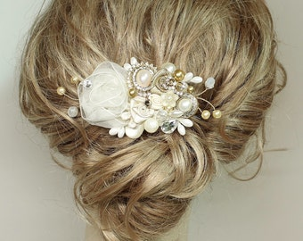 Gold & Ivory Bridal Haircomb-Wedding Hair Piece- Gold Bridal Hair Accessories-Statement Bridal hairpiece-Gold Bridal clip- Floral Haircomb