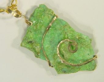 Hammered 14k Gold Fill Wire Wrapped Arizona Turquoise Pendant necklace 1868E