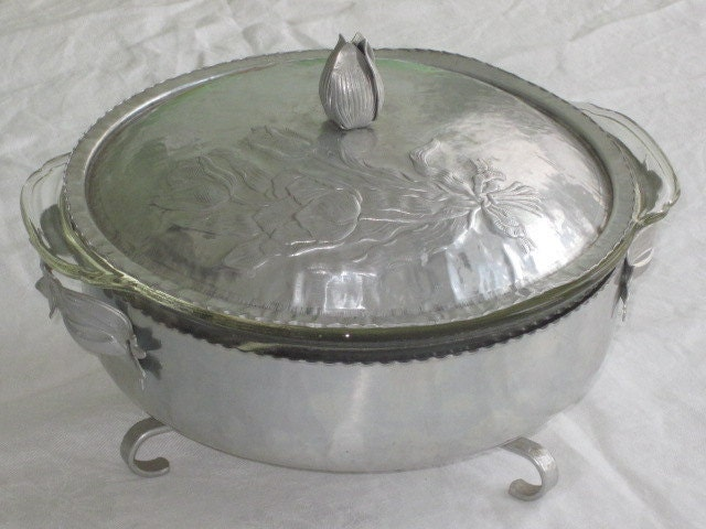Vintage Hammered Aluminum Covered Serving Dish With Tulip