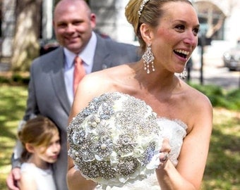 Petal Brooch Bouquet