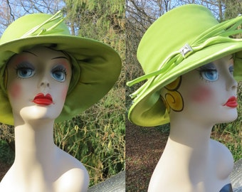1980s green fedora style hat/ green cloche style hat/ green church hat/ spring hat/ wedding hat/ apple green hat/ kenturcky derby hat/