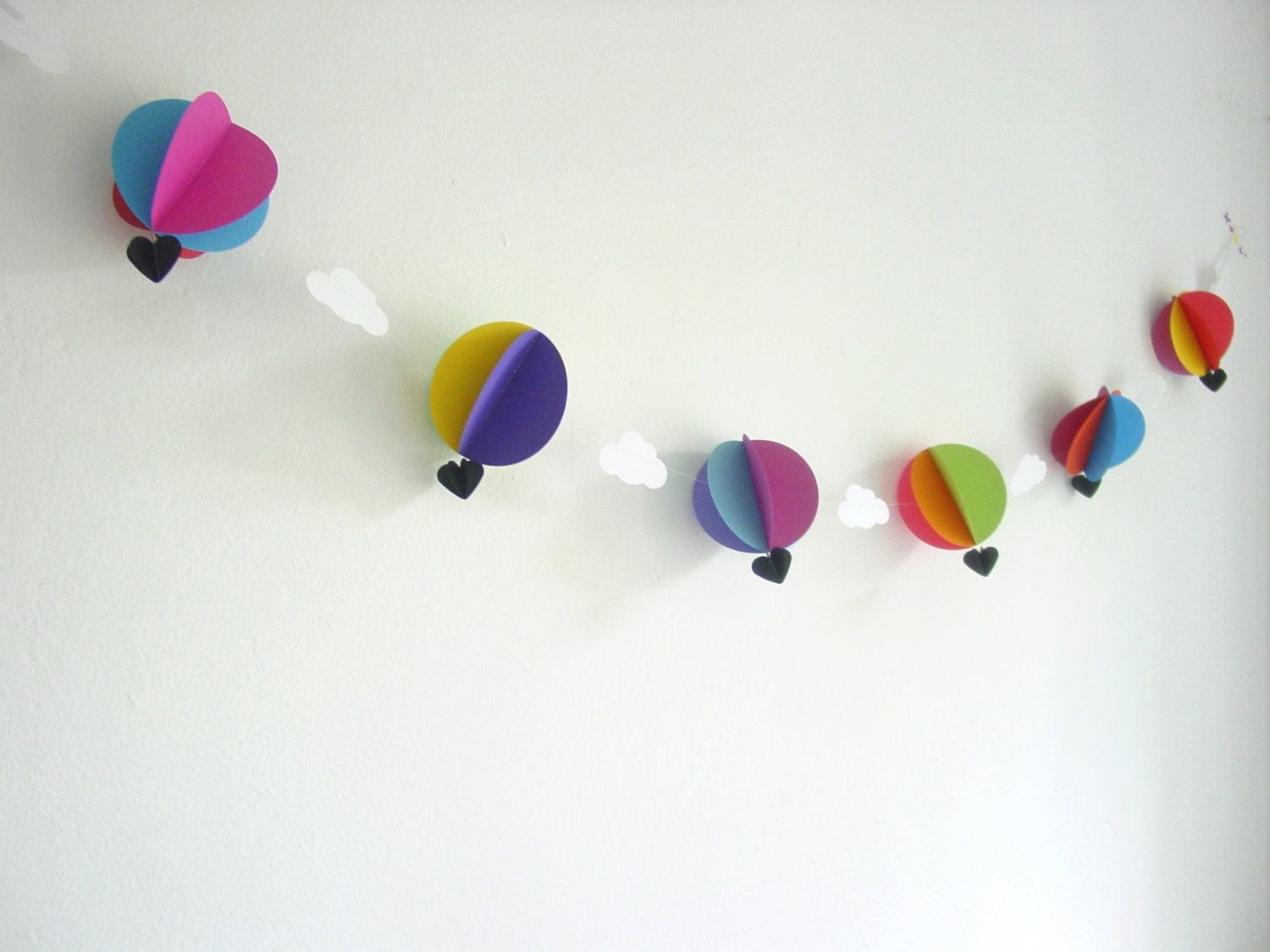 horizontal hot air balloon garland custom colours baby. Black Bedroom Furniture Sets. Home Design Ideas