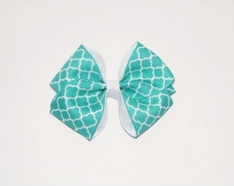http://rainpow-nails.blogspot.com/2014/11/inspired-by-fabric-mint-quatrefoil.html
