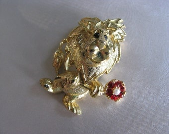 Leo the Lion King - August Brooch - Goldtone Brooch - signed Gerrys - Collectible Jewelry