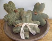Set of 3 Primitive Shamrock  St. Patrick's Day Bowl Fillers/Tucks
