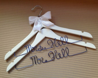 2 personalised wedding hangers for the bride and groom to be. Perfect Wedding and Engagement gift.