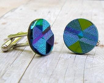 Hourglass - vintage glass button cufflinks