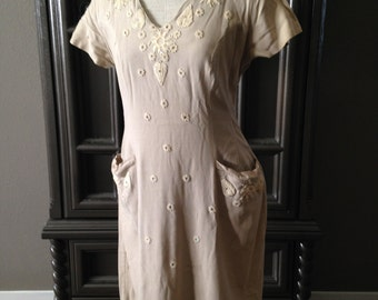50s Embellished Linen Dress with Lace and Rhinestone Details