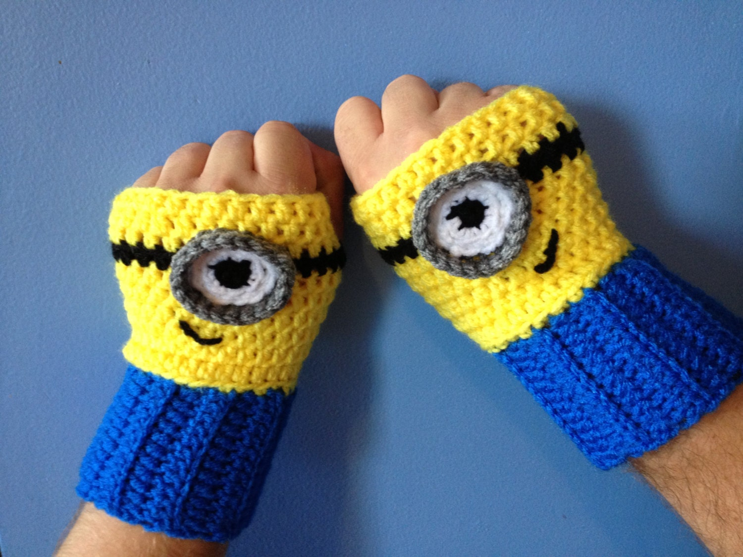 Crochet PATTERN Despicable Me Minion Inspired Fingerless