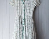 On Hold Do Not Buy 1940s white and green check day dress / 26 Waist