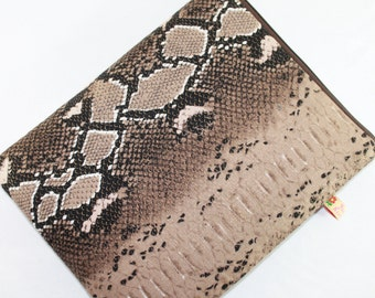 CLEARANCE iPad Case Padded iPad Cover Sleeve in Python Linen