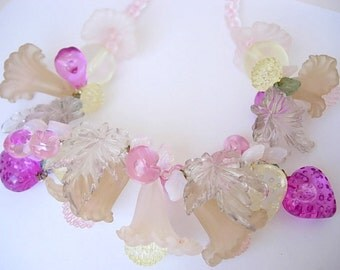 Vintage Molded Lucite Plastic Cluster Bib Necklace Choker Strawberries Cherries Calla Lilies Fuchsia Yellow Tan Green Milky Opal 40s 50s