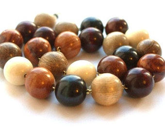 Wooden Beads Spring. Organic necklace. Handmade wooden jewelry.