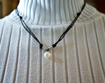 Sterling Silver & 9mm white pearl necklace