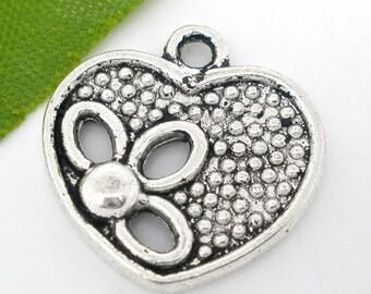 10 pieces Antique Silver Valentine Flower Heart Charms