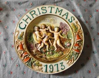 Vintage Decorative Christmas Plate 1973