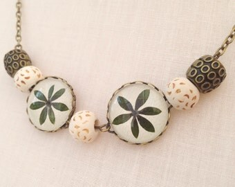 Leaf statement necklace with pressed leaves - handmade natural jewelry - delicate neutral green necklace  - bronze leaves
