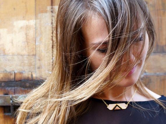 Triangle leather necklace, nude pink pastel, discreet original