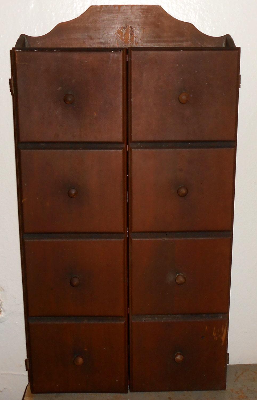 vintage gew rzregal john wagner und s hne schrank holz. Black Bedroom Furniture Sets. Home Design Ideas