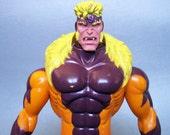 """Vintage 1993 Marvel Sabretooth 10"""" Figure"""