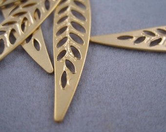 Long leaf, Matte 16k gold plated leaf, Gold Leaf pendant connector, Leaf charm, Leaf Branch pendant, C-006