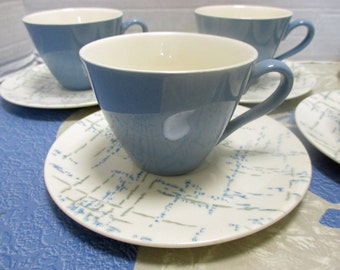 Homer Laughlin Company Vogue Shape HLC431 Pattern with Aqua and Gray Dots and Lines -  Set of 5 Cups and Saucers