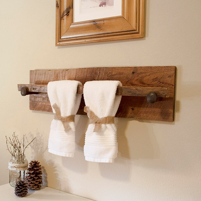 Ideas Toalleros Baño:Rustic Towel Rack