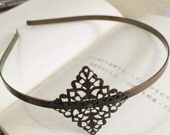 2pcs 41x41mm Floral headband  Antique Bronze Filigree metal Headband