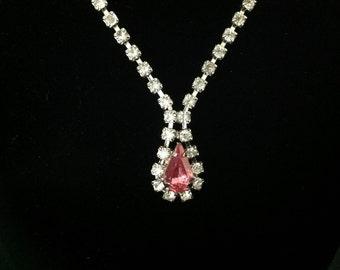 Vintage Pink Teardrop Rhinestone Necklace. (Circa 1950's)
