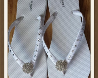 White Flip Flops. White Bridal shoes, rhinestones flip flops. Brides, Wedding, Bridesmaids