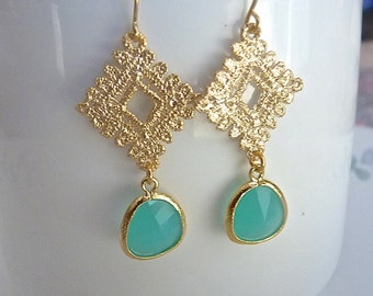 Aquamarine Mint and Golden Texture Filigree Dangle Earrings.  Drop Earrings.  Classic Jewelry. Bridesmaids
