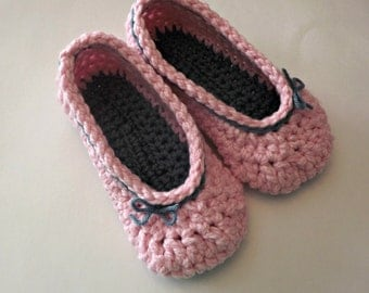 Crochet Slippers womens pink and blue with bows house shoes cottage style and comfy