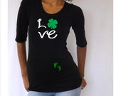 """St. Patrick's Day """"Love"""" Maternity Shirt with footprints- Cute matenrit shirt, pregnancy clothes"""