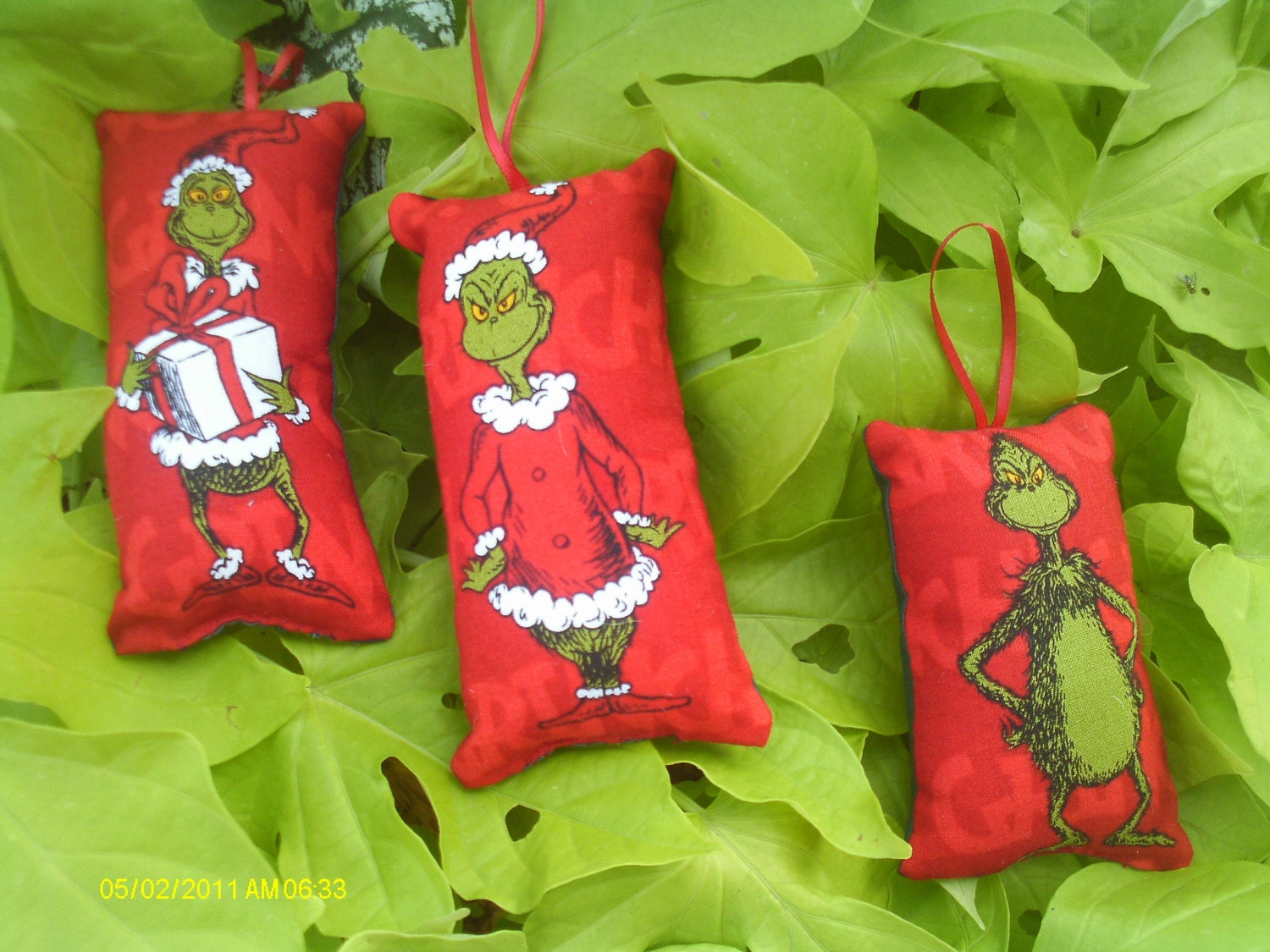 grinch christmas ornaments sets - Dr Seuss Christmas Decorations