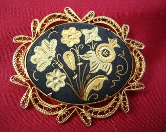 Vintage Toledo Ware Damascene Style Filigree  Floral Brooch