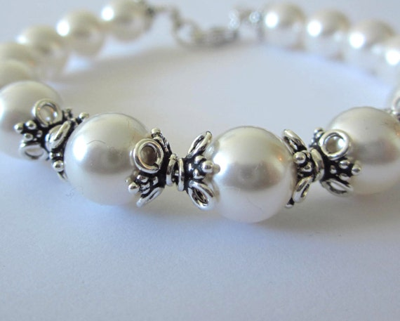 Bridal Swarovski Pearl Bali Bangle
