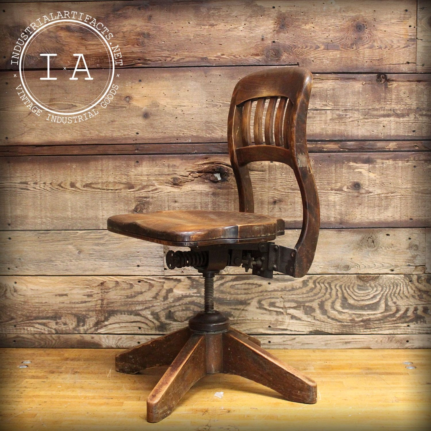 Antique adjustable steampunk bankers swivel chair for Steam punk chair