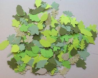 Over 200 Die Cut  Spring Leaves (830)