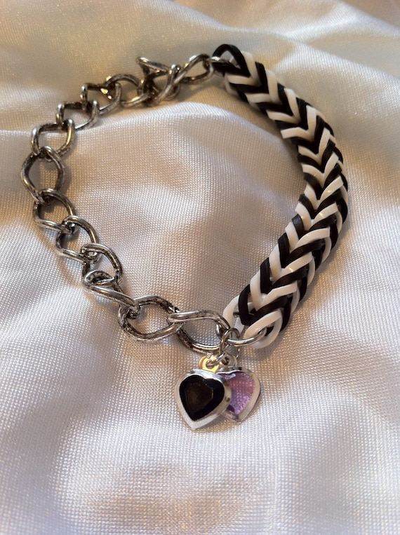 FREE Shipping White and Black Fishtail Bracelet with Pink and Black Heart Charms