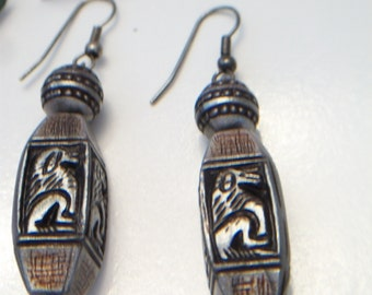 Vintage Werewolf Dangle Earrings Beaded Handmade Fashion Jewelry