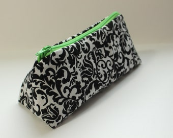 Damask Zippered Flat Bottom Makeup Bag with Green