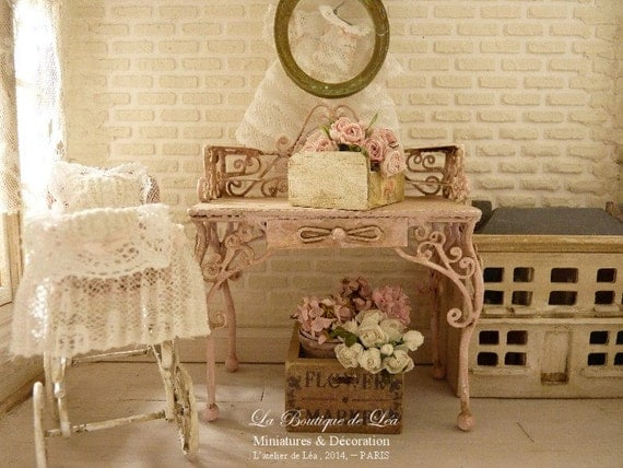 French romantique vanity shabby pink chic dollhouse for Shabby romantique