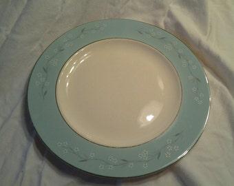 Homer Laughlin Cavalier 10 inch Eggshell Nautilus Aqua Blue and Pink Dinner Plate M 57 N 6