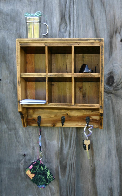 key rack holder wall organizer reclaimed wood. Black Bedroom Furniture Sets. Home Design Ideas