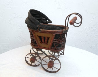 Victorian Style Doll Carriage