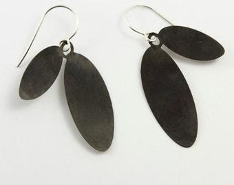 Earrings Silver 925 Sterling: LEAVESear L, light earrings from 925 sterling silver/Black